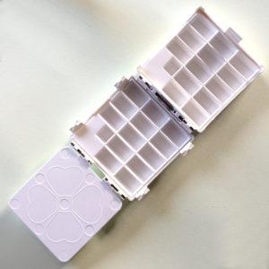 Cloverleaf Paintbox Storage Box